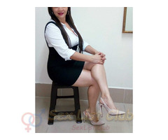 Karen una mujer colombiana con ganas de complacer tus deseos más ocultos