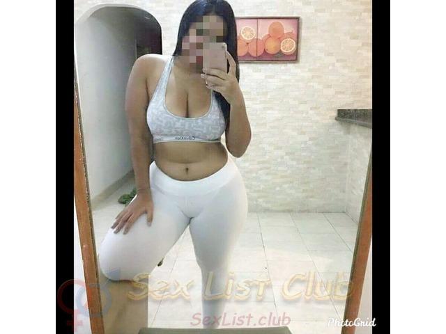 Nalgas Blandas y ricas soy 100 natural y bella Venezolana